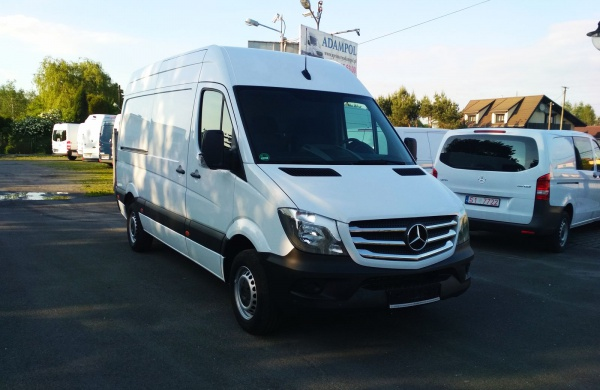 mercedes-sprinter-214-cdi-sredni-lift
